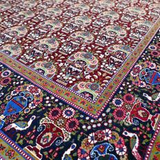 Magical, Ghom Zelesoltan, Persian carpet – 193 x 136 – with certificate – superb appearance!