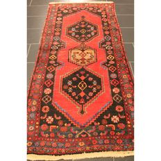 Semi-antique Persian carpet, Hamadan, 220 x 100 cm, made in Iran circa 1950, best highland wool