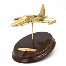 Miniature of Northrop F-5 aircraft, manufactured in brass on a wooden base - from the 21st century -