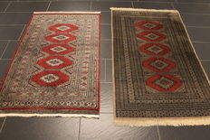 Two beautiful handwoven Oriental carpets Bukhara silk shine, made in Pakistan 92 x 150m and 95 x 165cm