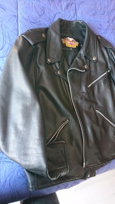 Harley Davidson - Motorcycle jacket made in genuine leather.
