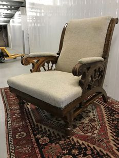 Smokers chair with fine wood carvings, ca. 1930