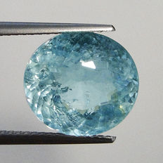 Greenish blue aquamarine gemstone of 3.12 ct.
