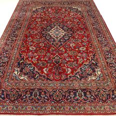 "Keshan – 291 x 191 cm. – ""Persian rug in mint condition""."