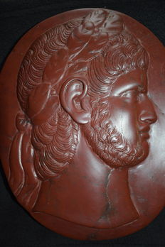 Antique Red marble oval cameo depicting the Roman Emperor Nero - Italy - circa first half of the 20th century