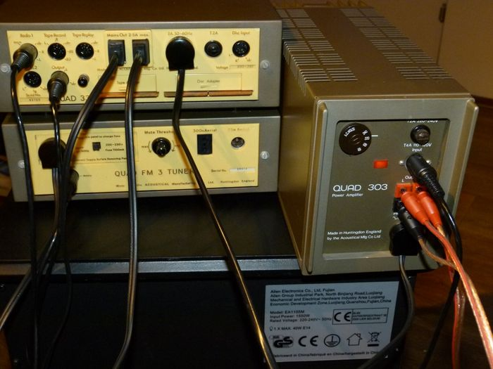 Quad 33 preamp with 303 power amplifier and FM3 tuner - Catawiki