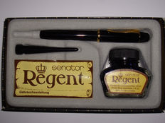 Vintage SENATOR REGENT piston filler in original packaging with inkwell