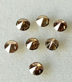 "Lot of 7 natural diamonds, ct. 1.08 "" No reserve price."""