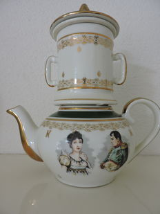 Napoleon and Josephine - Teapot with filter and lid - Apilco porcelain