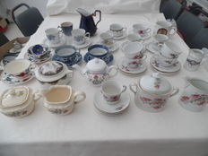Verzameling van oud porseleinen servies, old European and Chinsese