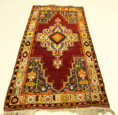 Old Turkish Anatolian carpet, Taspinar, made in Turkey, 2.35 x 1.10 m, genuine hand-knotted oriental carpet, circa 1940, collector's item, top condition