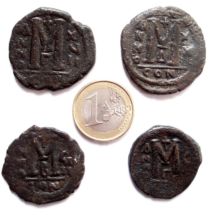 Byzantine Empire - Lot of 4 large folles in bronze, 5/6 Th Century