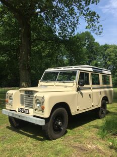 "Land Rover - Station wagon 109"", 1979"