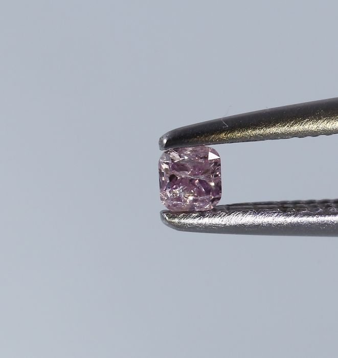0.09 ct IGI Certified Natural Fancy Pink Diamond