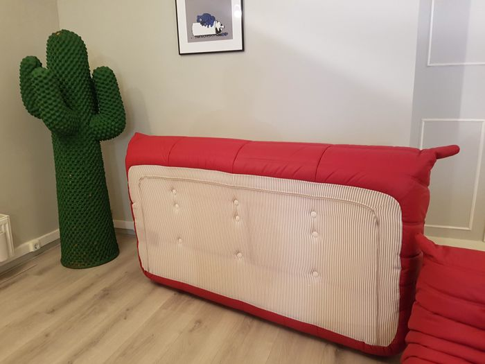 Michel Ducaroy For Ligne Roset Togo In Red Leather Catawiki