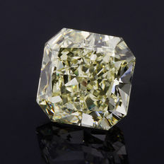 1.05 ct square radiant cut diamond tinted yellow (N-O) VVS2 **LOW RESERVE PRICE**