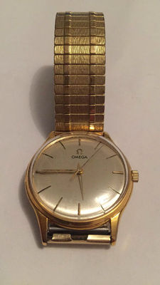 OMEGA men's wristwatch.