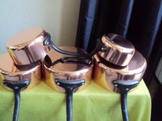 Set of five very thick tinned copper pans, 20th century