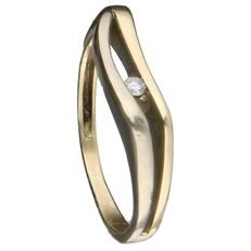 Yellow gold ring with a brilliant cut diamond of 14 kt. Inner size: 16.25 mm