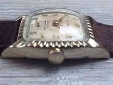 """Wittnauer """"Revue"""" Mens watch Cal 67 from 1950's"""
