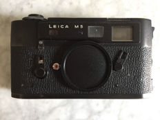 Leica M5 body only - excellent condition