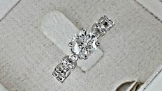 1.29 ct round diamond  ring made of 14 kt white gold - size 6,5