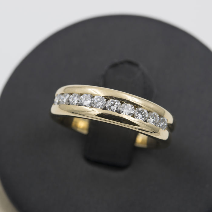 yellow gold half alliance ring with brilliant cut diamonds ring size 15 spain catawiki. Black Bedroom Furniture Sets. Home Design Ideas
