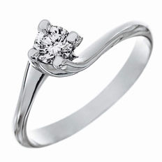 Solitaire ring – 18 kt white gold – Diamond, 0.58 ct.