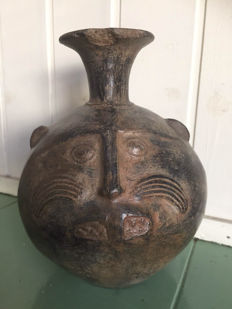 Pre-Columbian terracotta vase with Jaguar face, Chimu culture - 18 cm