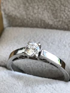 14K White Gold Solitaire Engagement Ring with 0.30 Ct. Diamond - D VS1 - size 53