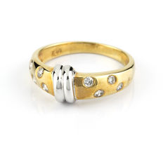 Ring in white and yellow gold with 8x brilliant cut diamonds totalling 0.25 ct – Ring size: 14 (Spain)