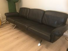 De Sede – DS31 sofa, black leather