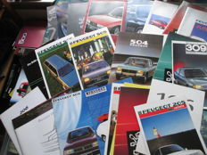 Car brochures Peugeot (among others 504 / 505 / 604, 24x, 1978-1995)