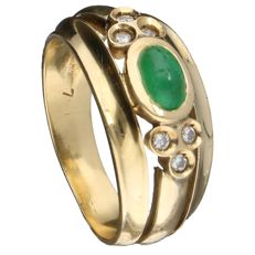 18k Yellow gold ring set with emerald and 6 brilliant cut diamonds, 0.12 ct in total, Inner size: 17.5 mm