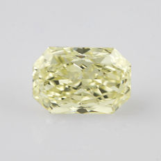 1.03 ct radiant cut diamond tinted yellow (M) SI1 **LOW RESERVE PRICE**