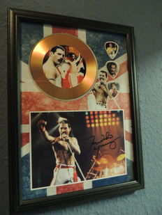 Beautiful Freddie Mecury Queen Memorial Signed Autograph Signed Picture Gold Disc - Framed  Reprinted