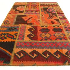 Patchwork – 146 x 101 cm – combination of the most beautiful, Persian, kilim carpets in beautiful condition.