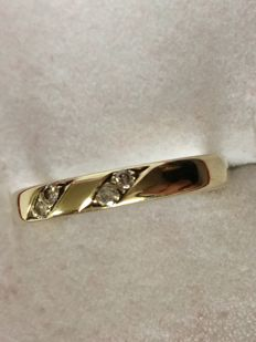 14 kt yellow gold Desiree ring with diamonds, G VS – size 17