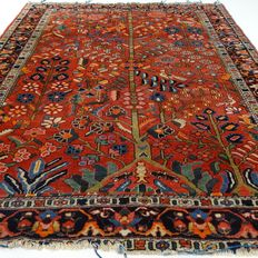 "Semi-antique Bakhtiar - 210 x 162 cm - ""Persian carpet in beautiful semi-antique condition"". - Pay attention! no reserve price: starting at €1,-"