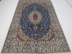 Beautiful Persian carpet – Nain / Iran – 305 x 195 cm – end of the 20th century. Top condition - with silk, mint condition