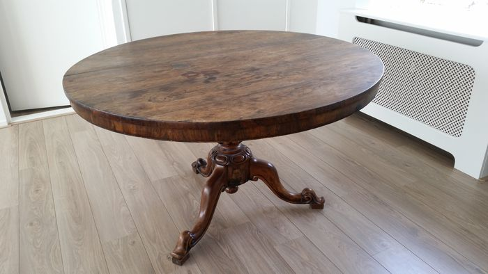 Victorian-rosewood - tilt-top table - unknown - circa 1900