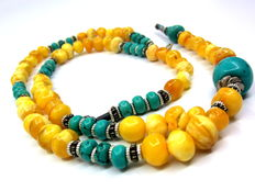 Amber with turquoise, necklace and bracelet set, 56 and 18,5 cm