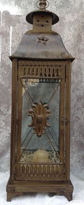 Nostalgic particularly large lantern, detailed and finely made - France - second half of the 20th century
