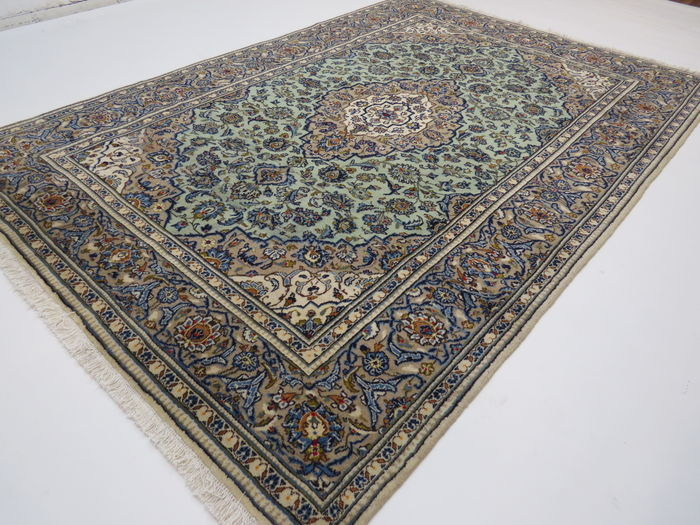 Amazingly beautiful Persian carpet Kashan/Iran 297 x 203 cm TOP CONDITION end of 20th century Oriental carpet top quality