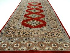 "Bouchara - 122 x 61 cm - ""Persian carpet in beautiful, almost unused condition"". - Pay attention! no reserve price: starting at €1,-"