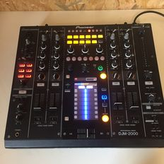 Pioneer - DJM 2000 - Digital mixing console