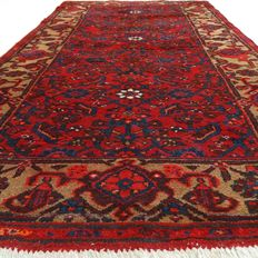 "Hamadan Malayer - 211 x 112 cm - ""Richly decorated Persian carpet in good condition."" - Pay attention! no reserve price: starting at €1,-"