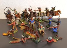 Lineol/Elastolin/NB-scale of 1/26 - 19 solid figurines, Indians and Cowboys, 50s