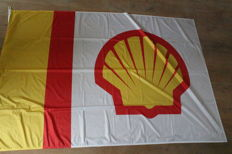 Shell / BP - 2 flags - Large Shell Flag 2.15m x 1.45m + BP flag 150cm x 96cm