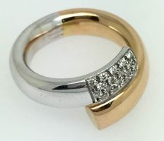 Open bi-colour ring